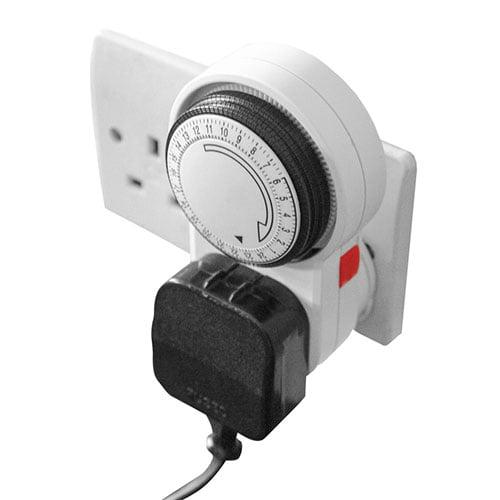 LUMii 24 hour Plug in Manual Timer2